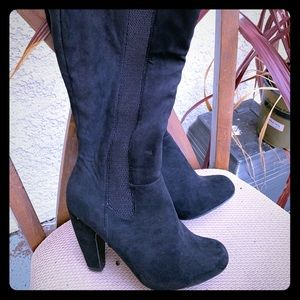 Black man made suede look knee high boots.